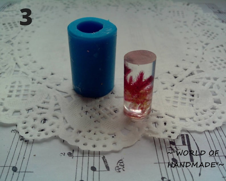 10-35, 21-46 mm Silicone 3D-molds in the form of a cylinder of different sizes