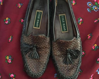 879ab40bf2a 90s Cole Haan Loafers