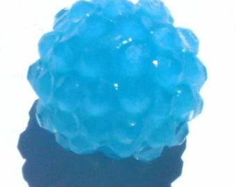 1 Pearl blue glittery resin 16mm AR264 blue