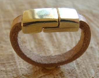 Modern ring leather and gold metal