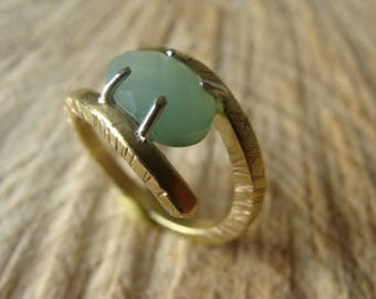 Spiral ring in brass and silver, chrysoprase green