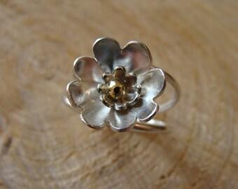 Silver flower ring, silver ring, HANDMADE