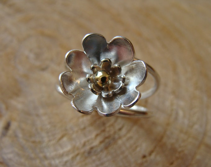 Featured listing image: Silver flower ring, silver ring, HANDMADE