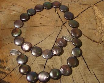 Gray baroque pearl necklace