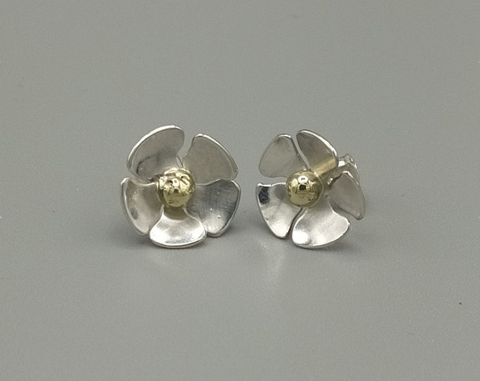 Featured listing image: Flower earrings in 925 silver and brass