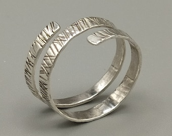 Spiral ring in 925 silver