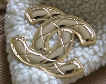 1.70 INCH Gold pin brooch logo jewelry CC Fashion