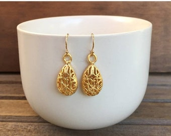On Sale Large Gold Filigree Earrings, Gold Earrings, Filigree Earrings, Everyday Earrings, Drop Earrings, Dangle Earrings, Matte Gold Earrin