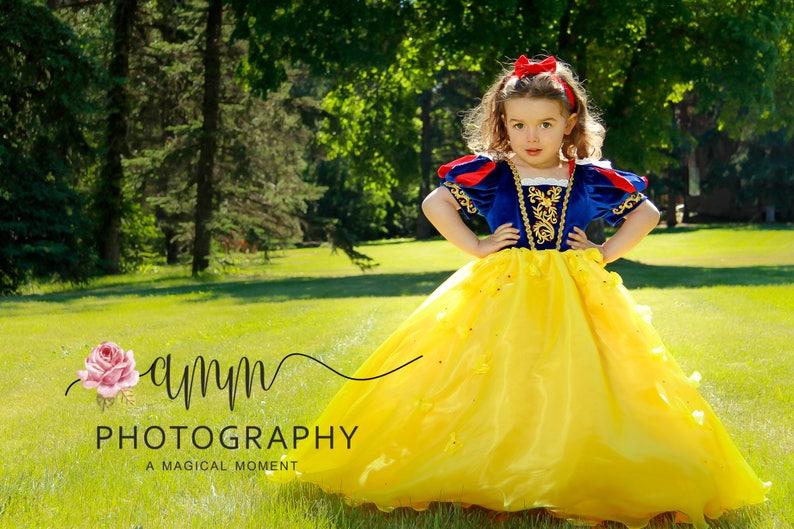 5c546ee7ffa7 Snow White princess dress Disney Halloween costume toddler | Etsy