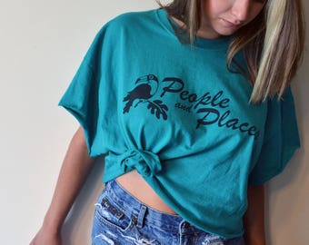 vintage 'people and places' graphic cropped tee