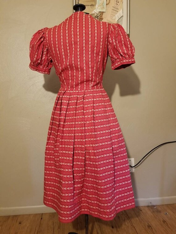 1940s novelty print dress - image 3