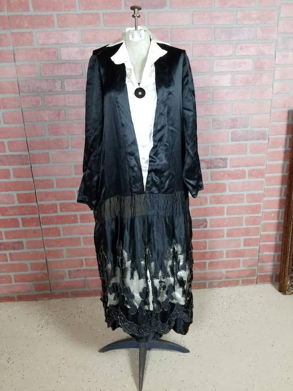 1920s black silk dress!