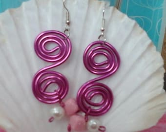 Aluminum 2mm fuchsia wire infinity earrings