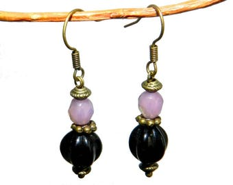 Earrings style retro pink and black