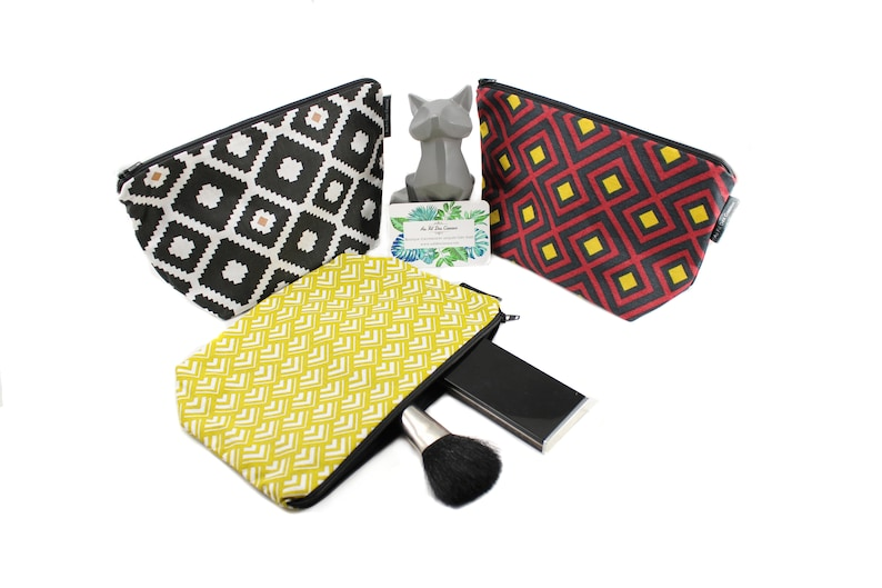 Cotton travel bag / / cosmetic case / / medicine pouch / / image 0