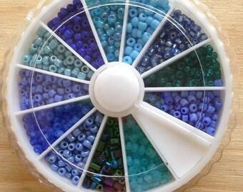 X 1 box 32 GR carousel blue seed beads 2mm