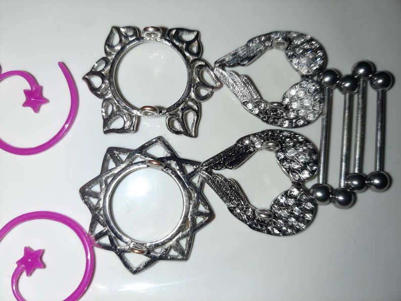18 piece variety lot of body jewelry for 16 or 18 gauge nipple piercings