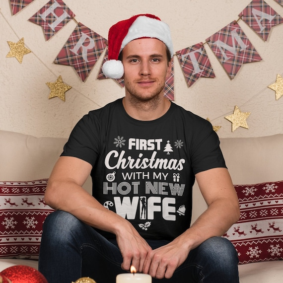 2020 FIRST CHRISTMAS WITH MY AMAZING HUSBAND FUNNY HUMOUR XMAS GIFT T SHIRT
