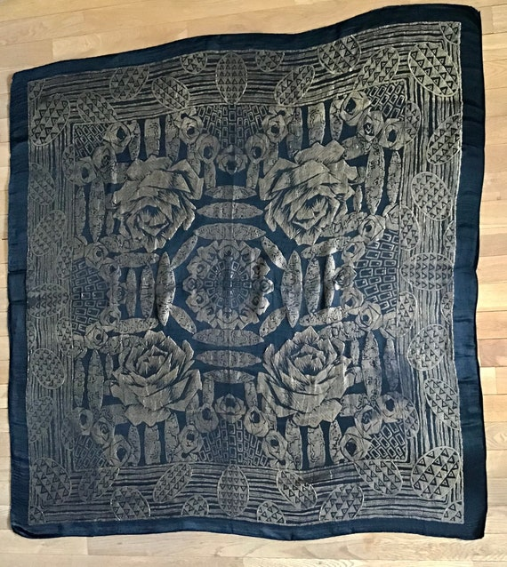 1920s Art Deco lamé shawl