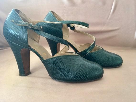 Sexy 1930s Green Imitation Lizard Shoes