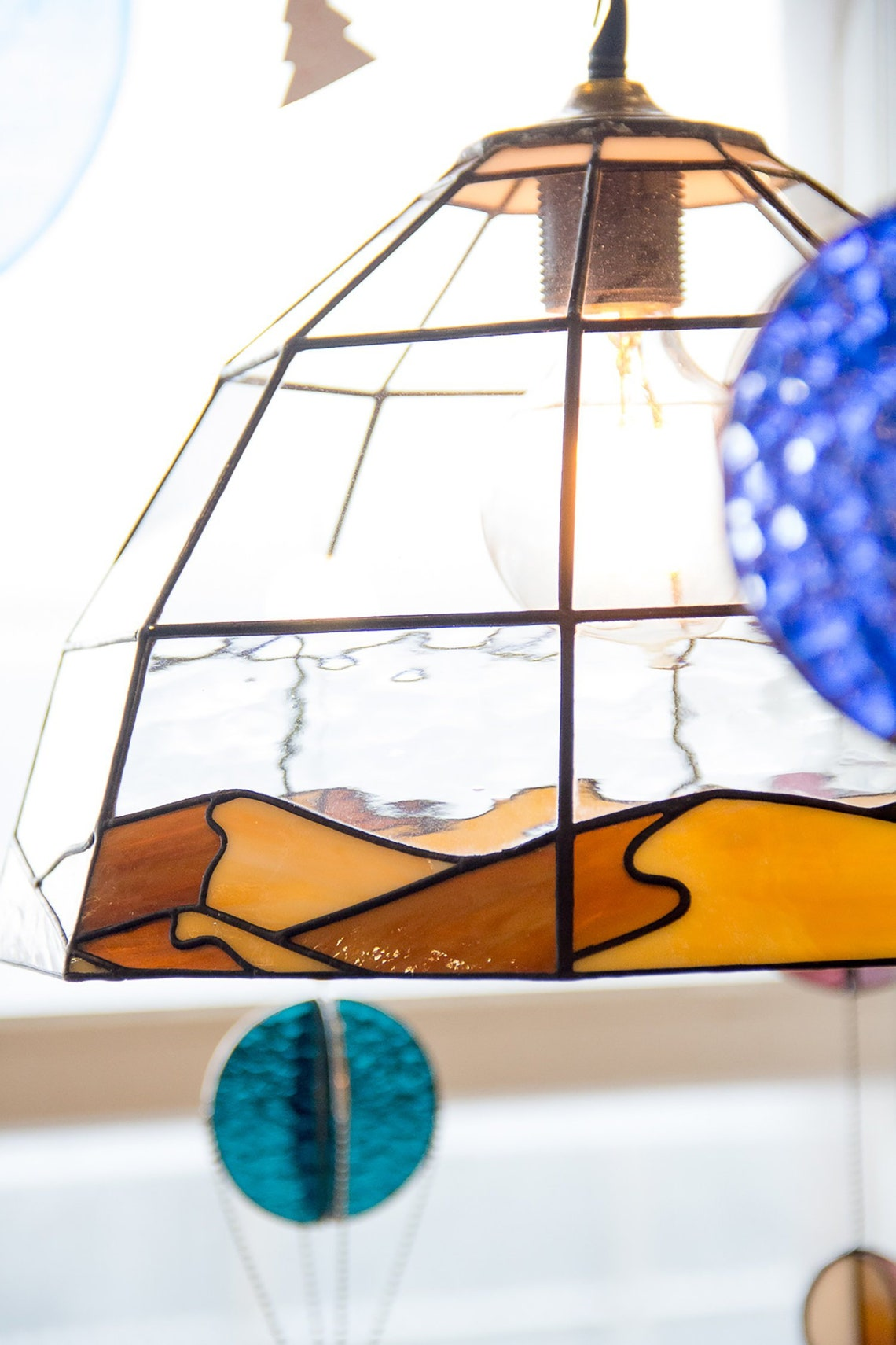 """Chandelier """"Sand dunes"""". Stained glass."""