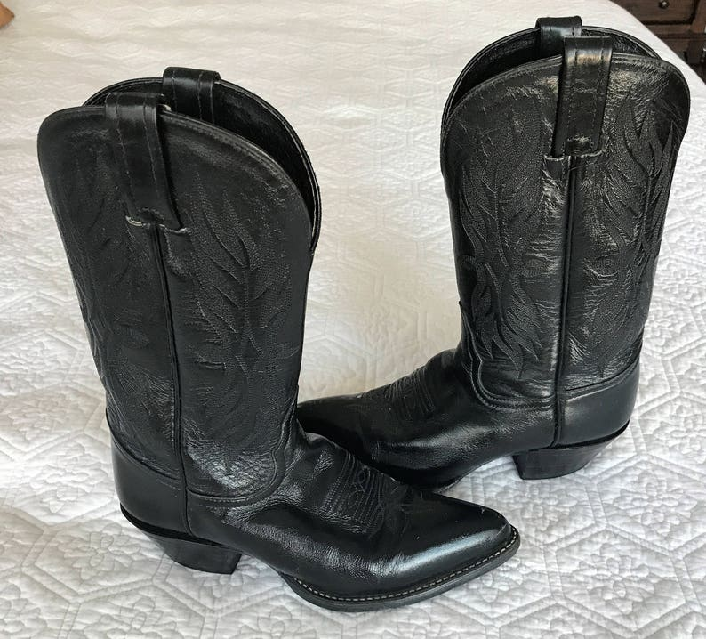 5fd116aaae8 TONY LAMA womens cowboy boots, Vintage black cowgirl boots size 5 US,  Western boots with tooled leather, Gift for her