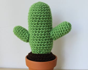 Happy crochet saguaro cactus