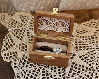 Ring Bearer Box/ Ring Box/ Jewelry Box/ Ring Bearer Gift/Rustic Ring Box/ Vintage Ring Bearer Box
