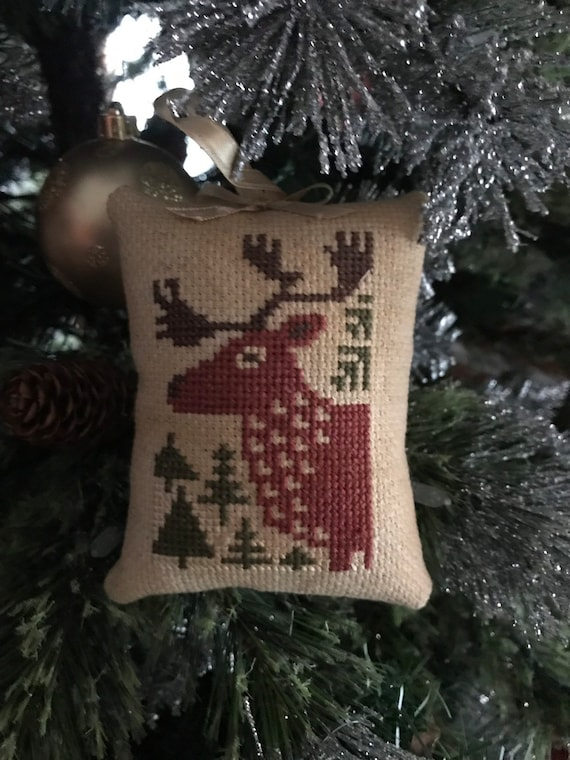 Christmas Tree Fillers.Completed Cross Stitch Winter Deer Christmas Tree Pin Keep Pillow Tuck Bowl Filler Cupboard Tuck Ornament