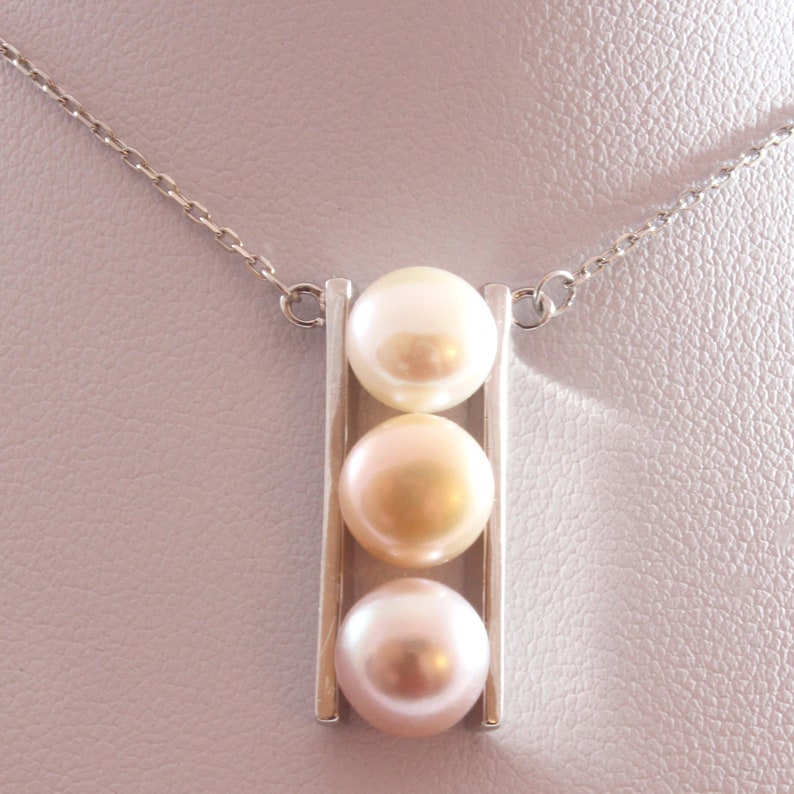 Triple Freshwater Cultured Pearl Pendant Necklace with Sterling Silver 40cm 8.0-8.5mm