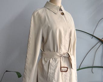 2c3518acf71 Vintage Burberry Trench Coat