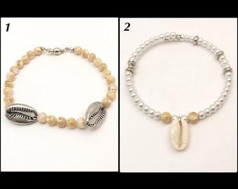 Men's cowrie shell bracelet