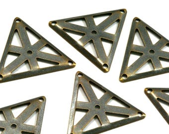 Set of 2 triangle brass connector