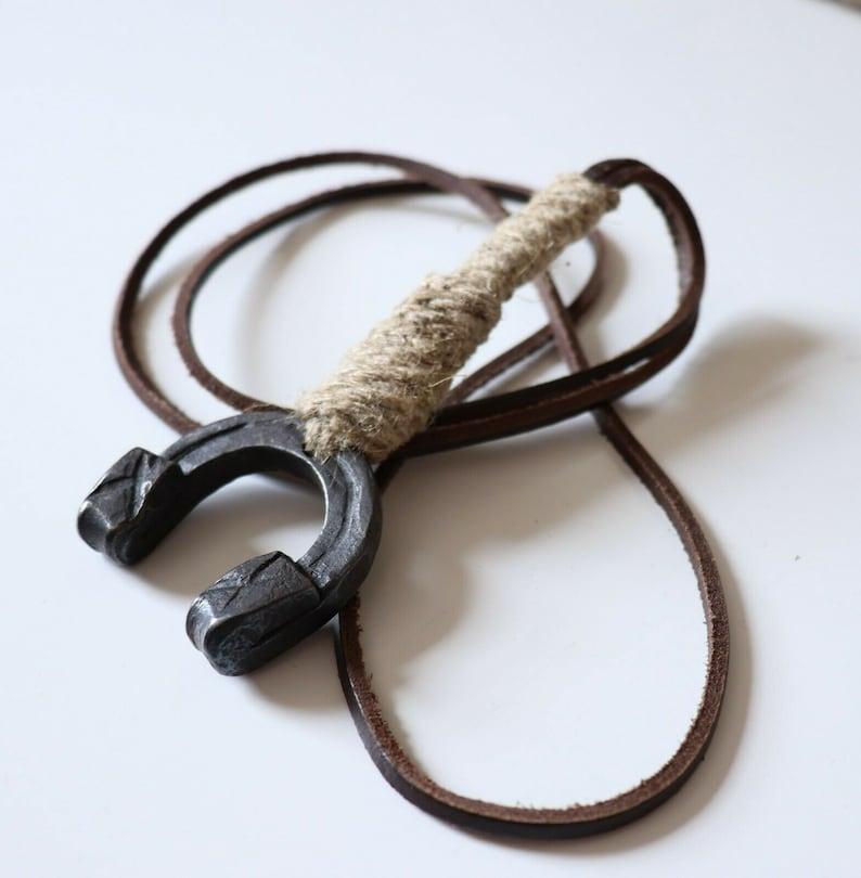 Unisex Women/'s Men/'s Handmade Vintage Folk Art Real Leather Linen Blacksmith Forged Pendant Necklace  Lucky Horseshoe 46 Lagenlook  New