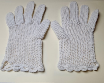 hand made crochet Lace Gloves
