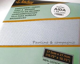 Toile Aida 7 couleur  bleu  dimension 27,5cm x 27,5 cm