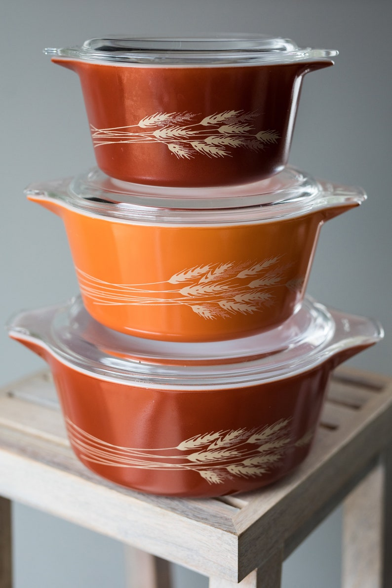 Vintage Pyrex Autumn Harvest Casserole Dishes with Lids  image 0