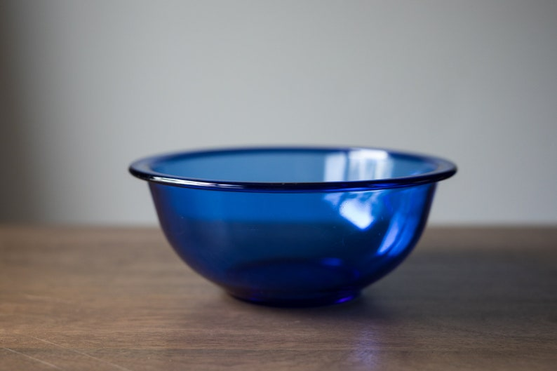 Vintage Pyrex 323 Cobalt Clear Blue Mixing / Nesting Bowl with image 0