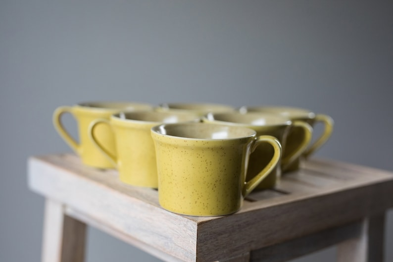 Vintage Yellow Speckled Coffee Mugs Tea Cups Set of 6  image 0