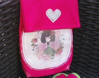 Girl girly pink shoulder bag.