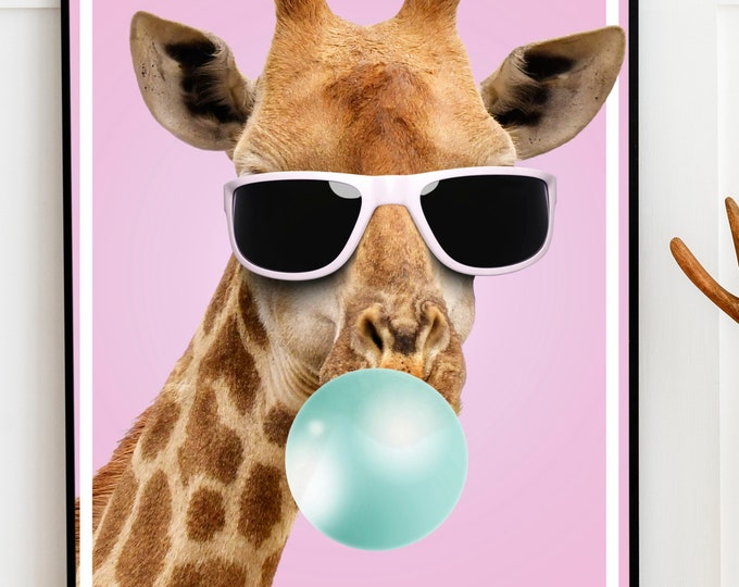 Bubble Gum Giraffe - Dont worry.. relax.. chill out - High Quality Prints - Funny Animals Collection - Relaxing Giraffe