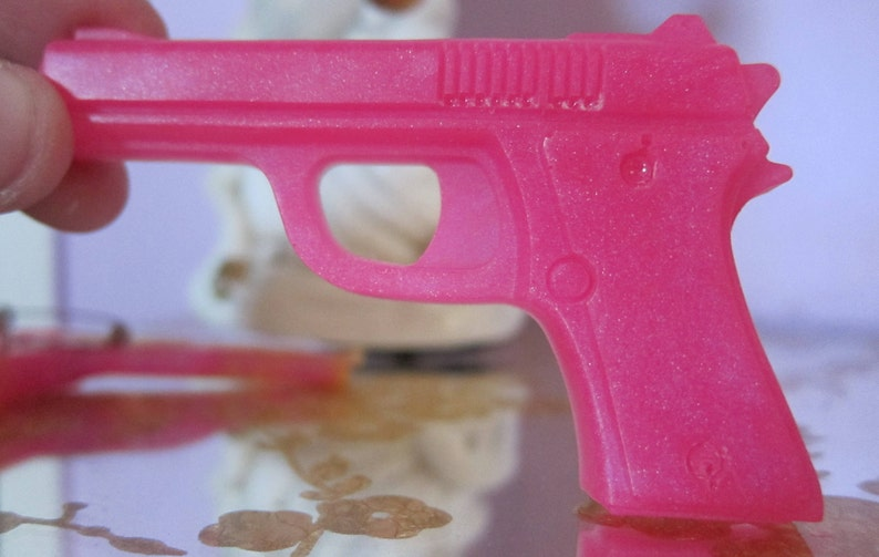35bf51af3 Pink Sparkle Glitter Magic Gun Epoxy Resin Pink Pistol Pin Brooch Kawaii  Jewelry 1980s Pink Glitter Fun Gun