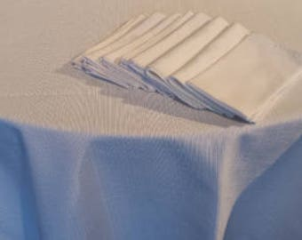 Cotton/Polyster Blend White Tablecloth with 8 Matching Napkins 1980 D217