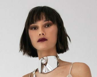 Faux Leather futuristic Choker with Pearl