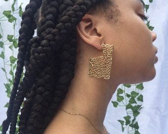 Honey Comb Studs