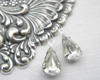 Lot 2 retro pendants drop tears 13x8mm vintage silver tone Crystal Venetian glass stones
