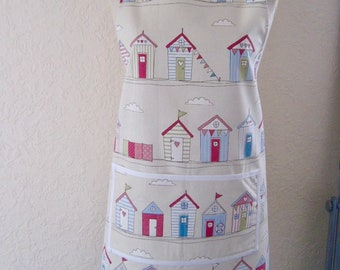 Clark & Clark beach huts apron/pinny generous size fitting front pockets cotton