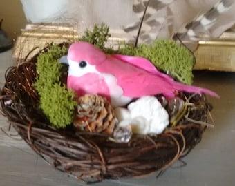 Spring/Easter Table Decoration - nesting bird.