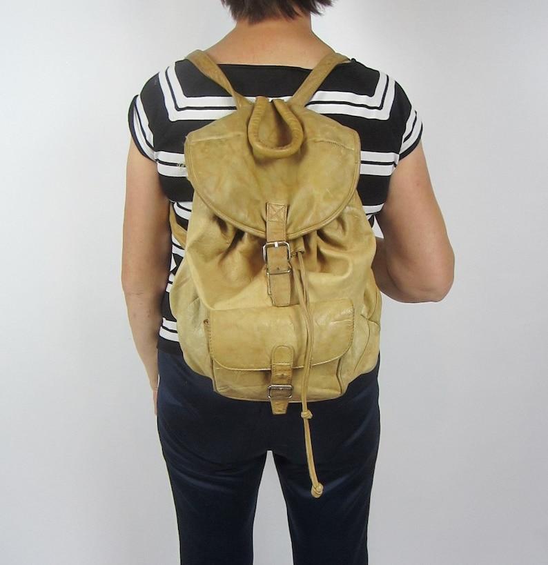 vintage retro 80s 90s Grunge Tan Beige Leather backback  bag