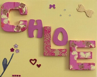Personalised frame with the name of baby to child's room